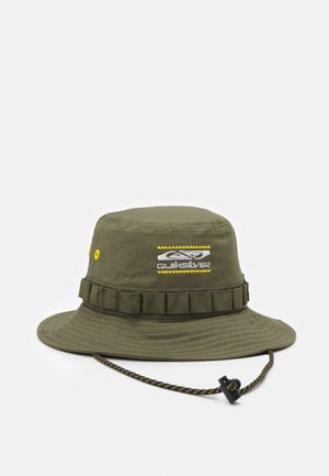 PITCHED OUT HATS - Gorro - olive branch