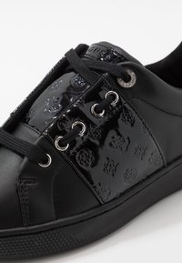 Guess - REJEENA - Trainers - black - 2