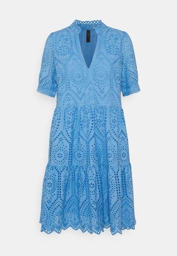 YASHOLI DRESS