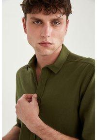DeFacto - Formal shirt - khaki - 5