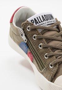 Palladium - PALLAPHOENIX FLAME  - Baskets basses - dusky green - 2