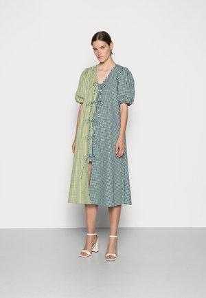 FRANKIE DRESS - Day dress - green