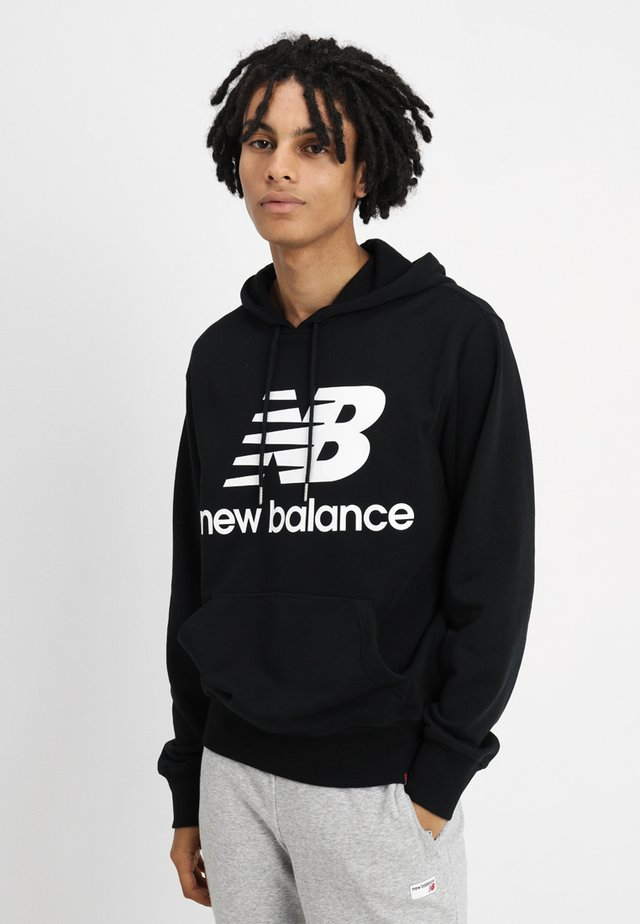ESSENTIALS STACKED LOGO HOODIE - Sweat à capuche - black