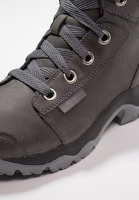 Columbia - CAMDEN OUTDRY CHUKKA - Hiking shoes - graphite - 5