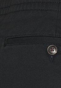 Polo Ralph Lauren - CFPREPSTERS FLAT - Shorts - black - 2