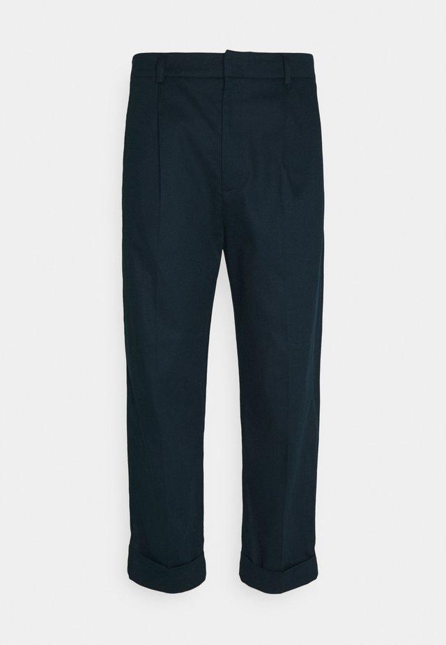PRESTON PANTS - Pantalon classique - blue