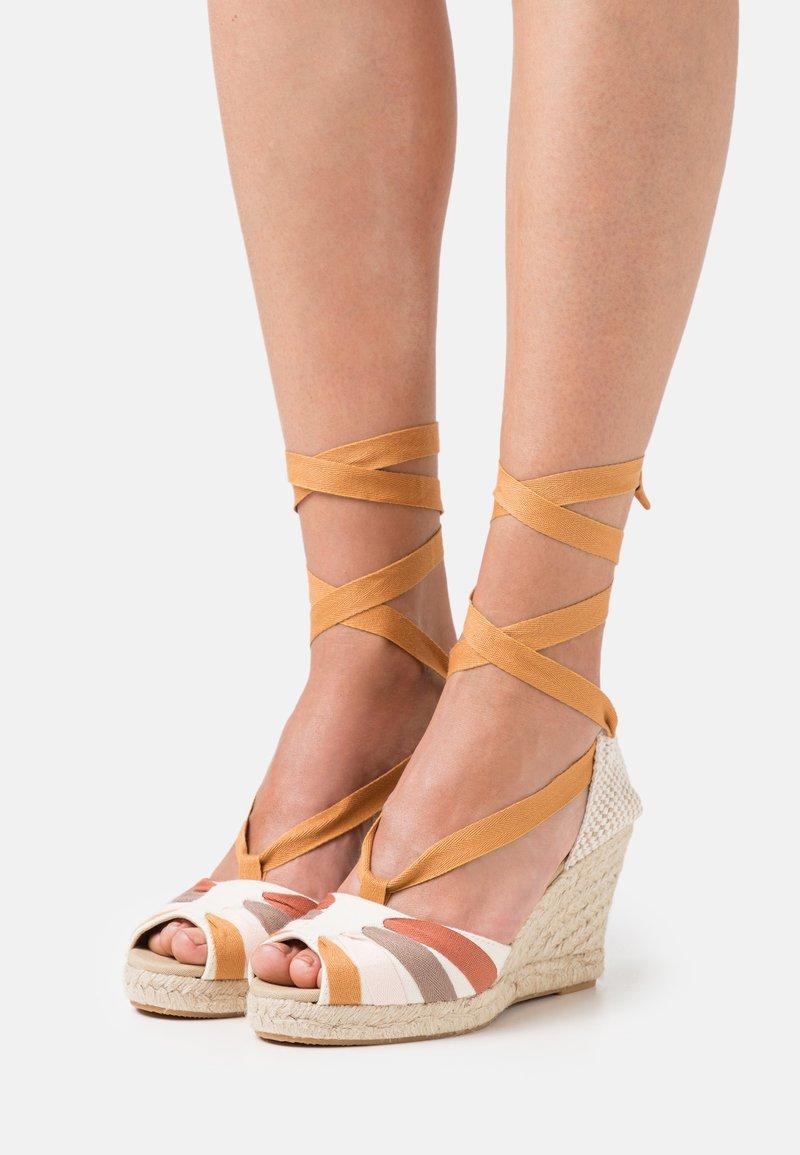 Gioseppo - High heeled sandals - beige