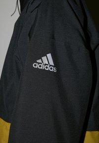 adidas Performance - URBAN RAIN.RDY - Regnjacka - black/wild moss - 6