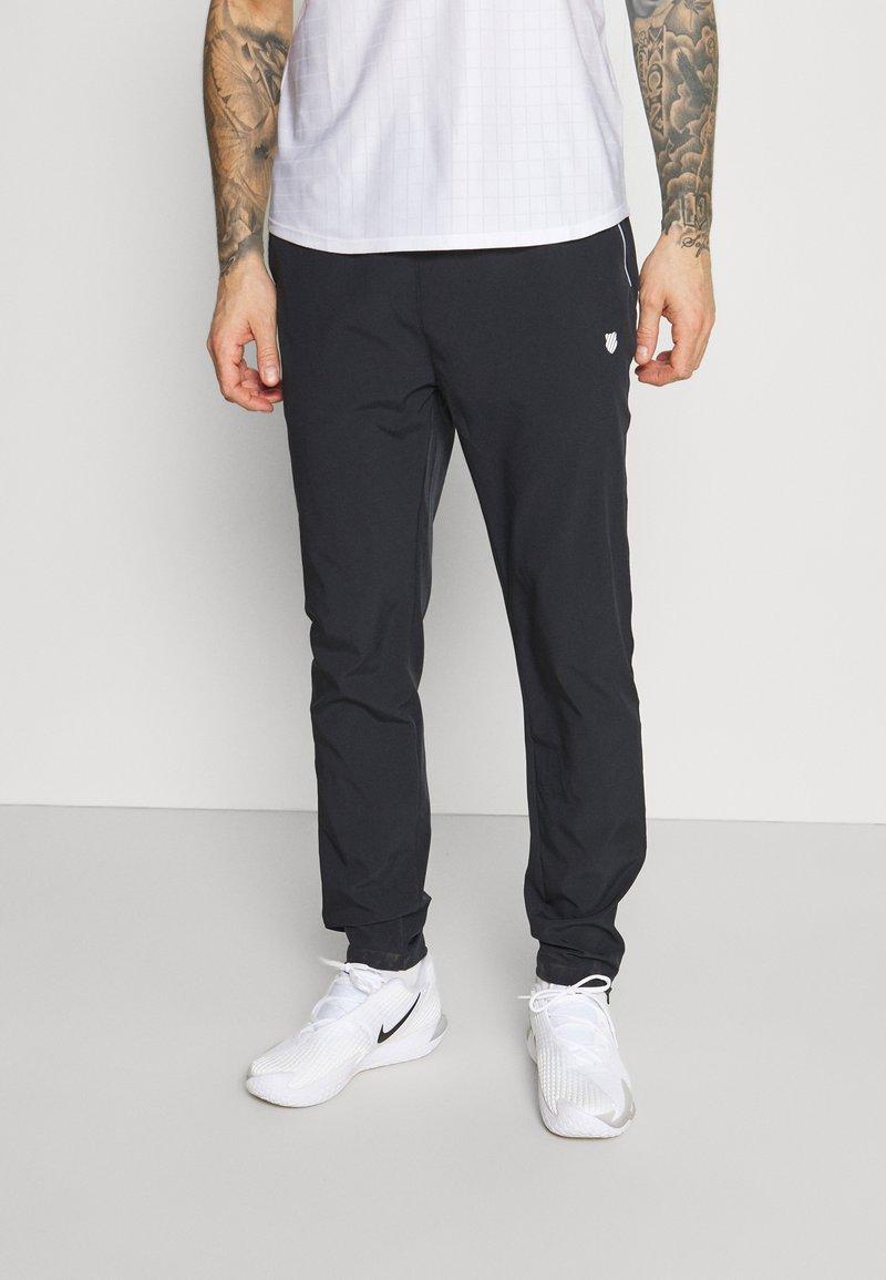 K-SWISS - HYPERCOURT TRACKSUIT PANT - Teplákové kalhoty - blue graphite