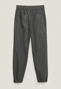 Massimo Dutti - MIT DETAIL AM SAUM - Trousers - Grey - 1