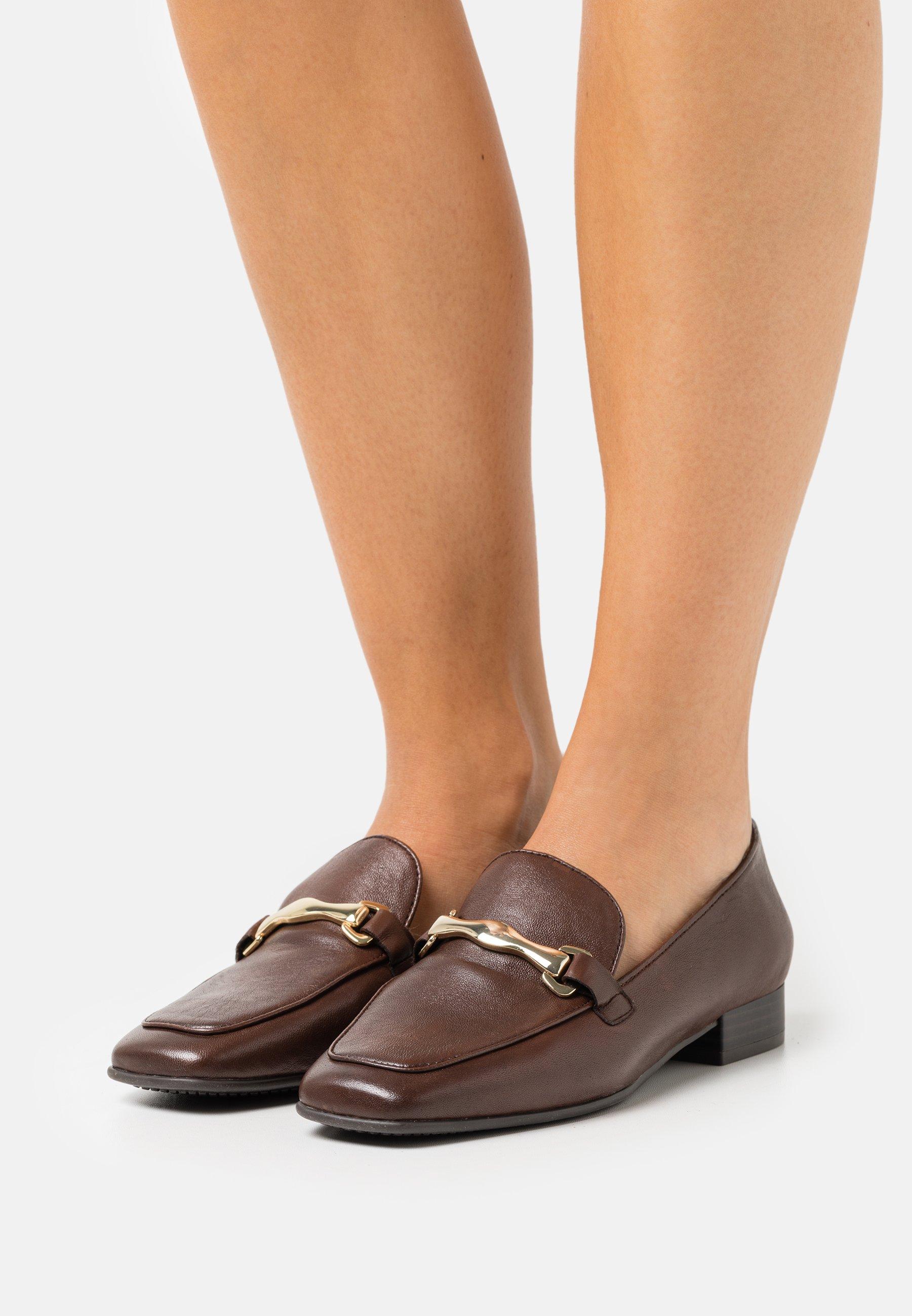Women Slip-ons - muscat