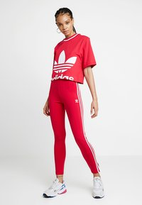 adidas Originals - BELLISTA 3 STRIPES TIGHT - Leggings - Hosen - energy pink - 1