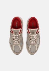 Timberland - FIELD TREKKER - Trainers - grey/red - 3