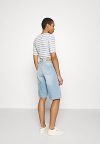 JUST FEMALE - BAY BERMUDA - Denim shorts - light waterblue - 2