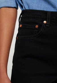 Levi's® - RIBCAGE SHORT - Jeansshorts - late shift - 3