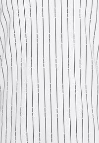 11 DEGREES - VERTICAL STRIPE  - Print T-shirt - white/black - 2
