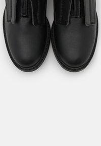 NAE Vegan Shoes - RUTH VEGAN - Saappaat - black - 5