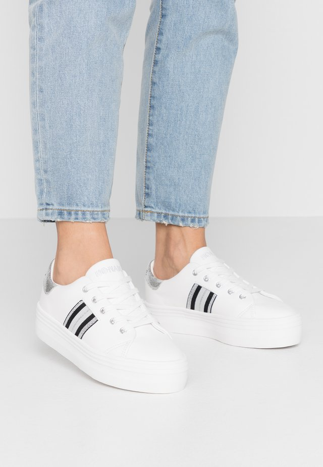 PLATO DERBY - Sneakers - white/silver
