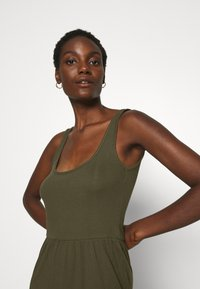 Anna Field - Jersey dress - olive night - 3