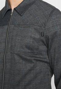 Jack & Jones PREMIUM - JPRBLAPHIL JACKET - Lehká bunda - grey melange - 5