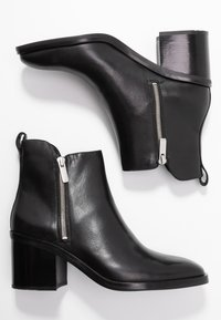 3.1 Phillip Lim - ALEXA BOOT - Kotníkové boty - black - 3