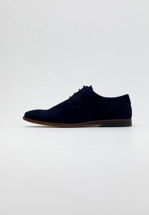 Snøresko - dark blue