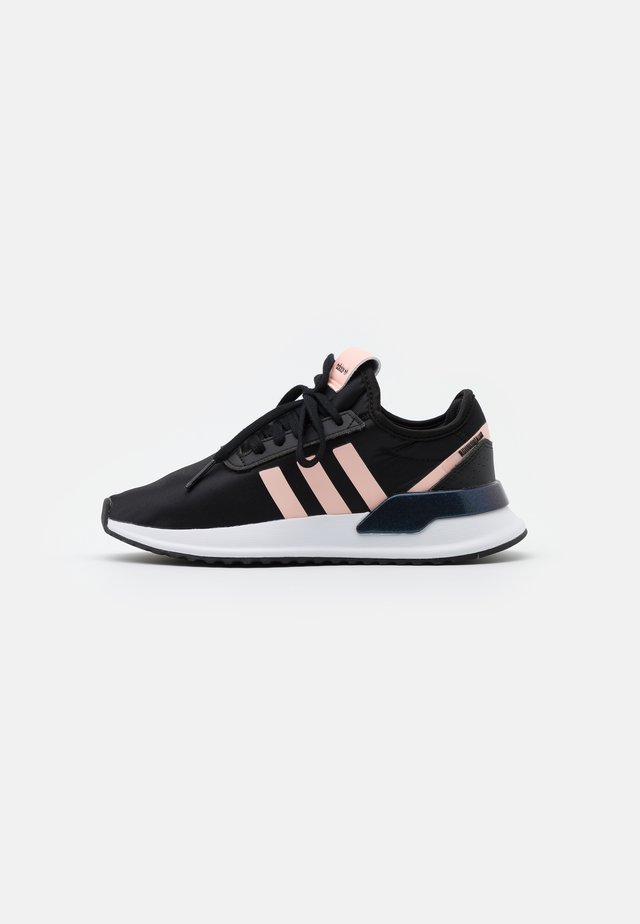 U_PATH SPORTS INSPIRED SHOES - Tenisky - core black/haze coral