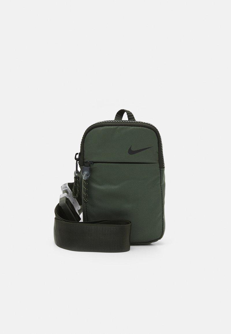 Nike Sportswear - UNISEX - Across body bag - sequoia/oil green/black