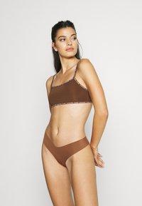 Calvin Klein Underwear - UNLINED BRALETTE 2 PACK - Steznik - rich espresso - 1