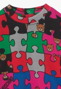 MOSCHINO - Sweatshirt - multi-coloured - 3