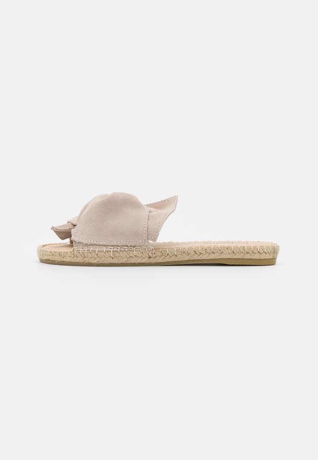 PLAGE BOUCLE  - Pantofle - beige