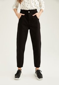DeFacto - Relaxed fit jeans - black - 0