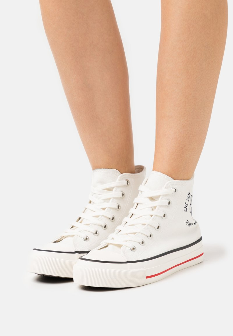 Rubi Shoes by Cotton On - MICKEY BRITT RETRO - Zapatillas altas - offwhite