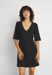 Vero Moda - VMODETTA DRESS - Jersey dress - black - 0