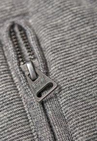 Superdry - ORANGE LABEL - Tracksuit bottoms - light grey - 4