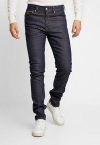 Calvin Klein Jeans - SLIM TAPER - Jeans Tapered Fit - blue slvg - 0