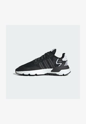 NITE JOGGER BOOST SPORTS INSPIRED SHOES - Matalavartiset tennarit - cblack/cblack/ftwwht