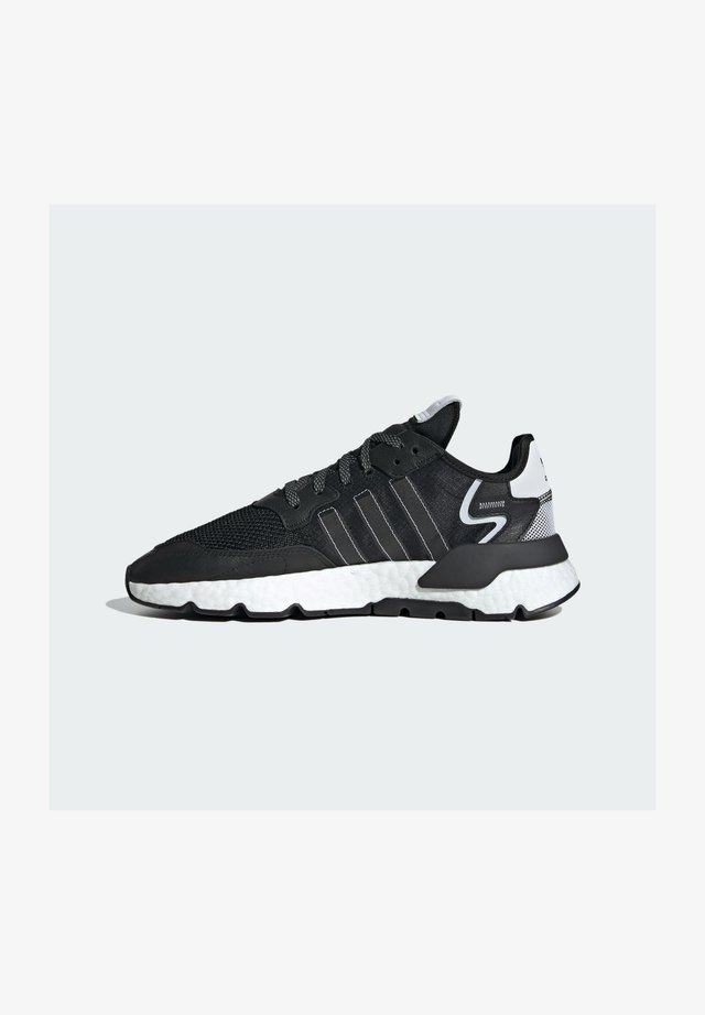 NITE JOGGER BOOST SPORTS INSPIRED SHOES - Sneakersy niskie - cblack/cblack/ftwwht