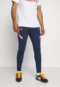 Nike Performance - KROATIEN DRY PANT - Voetbalshirt - Land - midnight navy/ligth crimson/ligth crimson - 0