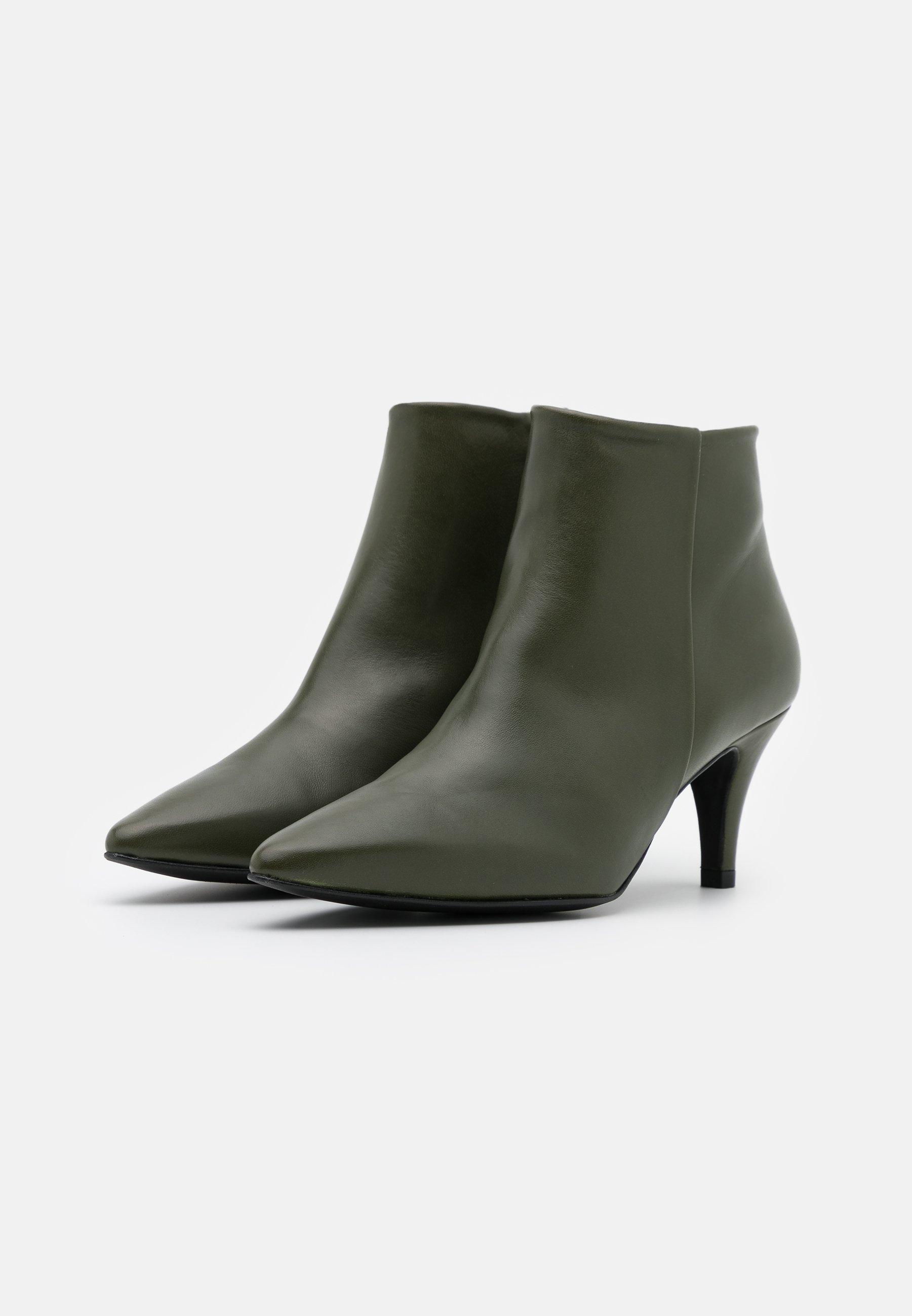 Brenda Zaro BENETTBO Ankle Boot kaki/oliv
