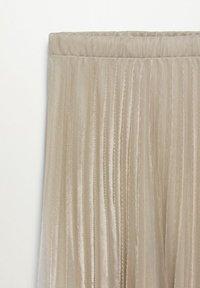 Mango - MIT METALLIC-EFFEKT - A-line skirt - beige - 6