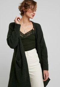 Selected Femme - SLFLANNA CARDIGAN - Cardigan - rosin/melange - 3