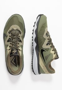 Nike Performance - JUNIPER - Zapatillas de trail running - tent/off noir/life lime/yukon brown - 1