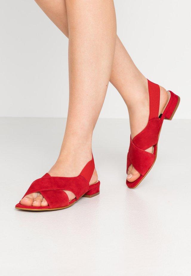 Sandales - lipstick