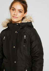 Vero Moda Petite - VMTRACK EXPEDITION - Parka - black - 6
