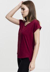 Urban Classics - SLUB TEE - Basic T-shirt - burgundy - 2
