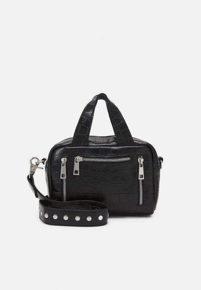 MINI DONNA CROCO - Håndtasker - black