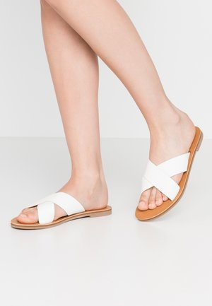 BLUEYS - Mules - white