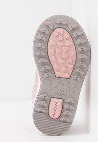 Viking - SAGENE MID GTX - Hiking shoes - light pink/violet - 5