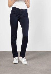 MAC Jeans - DREAM - Straight leg jeans - rinsed - 5